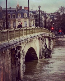 More rising waters on the Seine January 2018