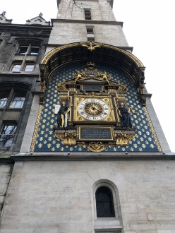 On the side of the Conciergerie, those going to the Bastille / La Guillotine would pass the clock on the way and so know almost exactly their time of death...creepy, right?