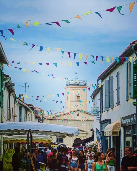 A weekend market in Ile de Re by La Rochelle