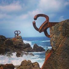These sculptures were everything - Peine del Viento means combing the wind - and they are just magical